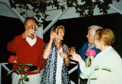 На банкете в ресторане «Кон Колонель» (слева направо): И.Геерманн, его жена, Ю.Овчинников, В.Быкова