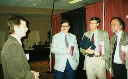 Вручение дипломов, слева направо: А.Лопатин, Д.Пассали, Х.Штаммбергер, П.Ван Каувенберг
